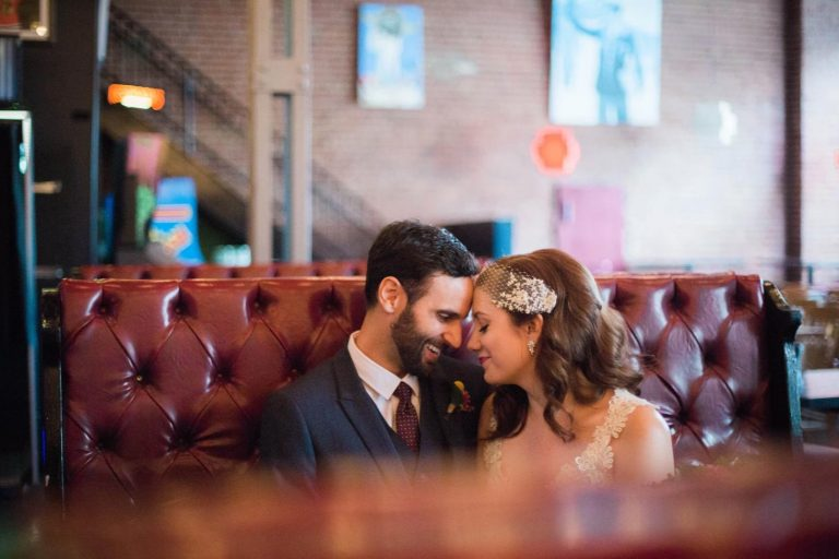 Bottom Lounge Weddings | Lauren & Erik | Photographer: Zachera Wollenberg